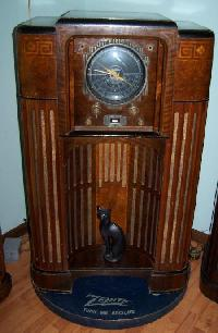 John &Jean Antique Radio Collectors